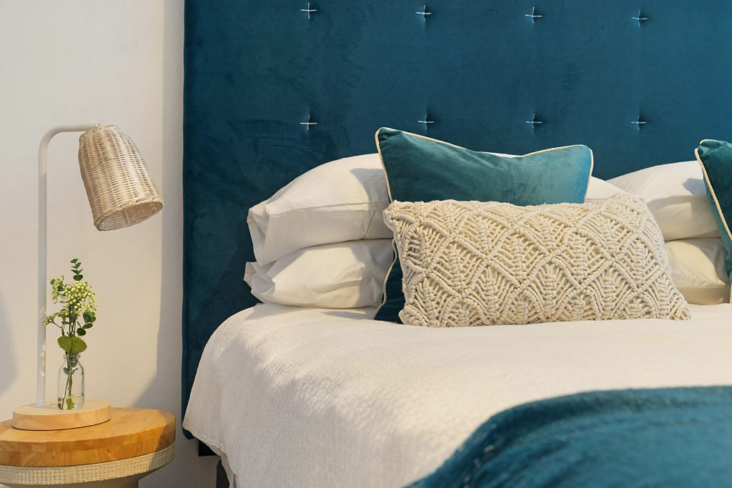 blue bedding for bedroom